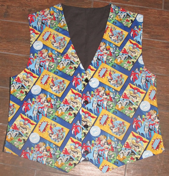 DC Comics Superhero men's sporty blue vests with buttons for closure in 8 sizes