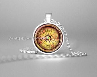 VINTAGE COMPASS PENDANT Antique Rose Compass Necklace Vintage Jewelry Nautical