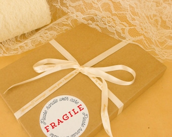 Fragile stickers, round, postage stickers, please handle with care, fragile labels,