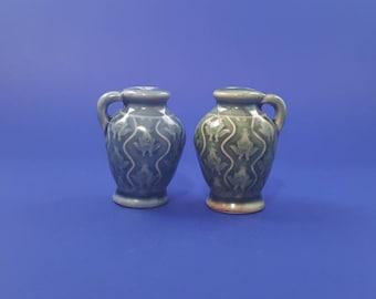 Miniature Jugs Salt and Pepper Shaker Set...very cute...Country House Theme...whiskey jugs...water jugs