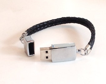 Leather gifts for men, Leather gifts for him, Usb drive, USB, usb jewelry, Wearable tech, wearable technology, USB bracelet, usb flash drive