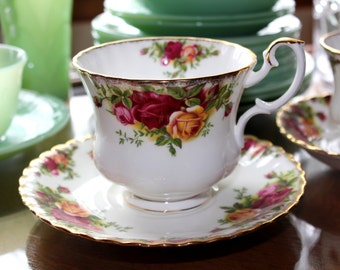 Royal Albert 'Old Country Roses' Bone China Hand Painted LARGE Cup and Saucer ~ Marked 1962 ~