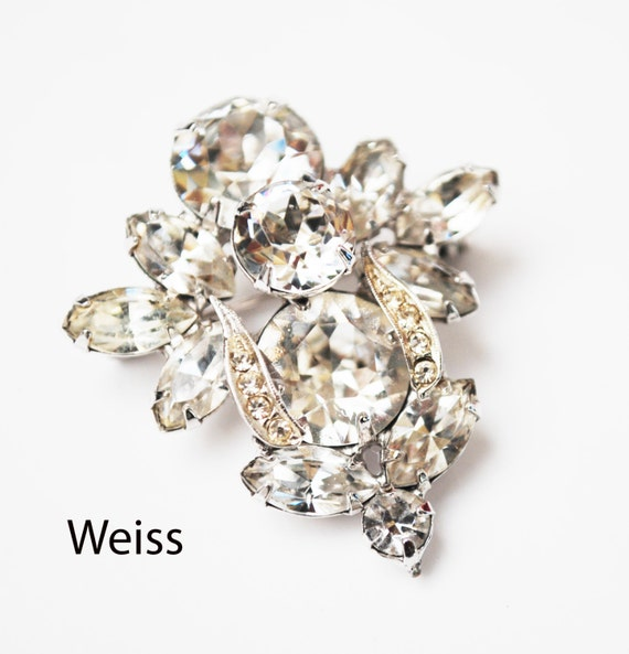 Weiss Rhinestone Brooch - Clear Ice Crystal stones - silver setting - Mid century  pin