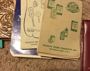 Lot of memo pads & pads
