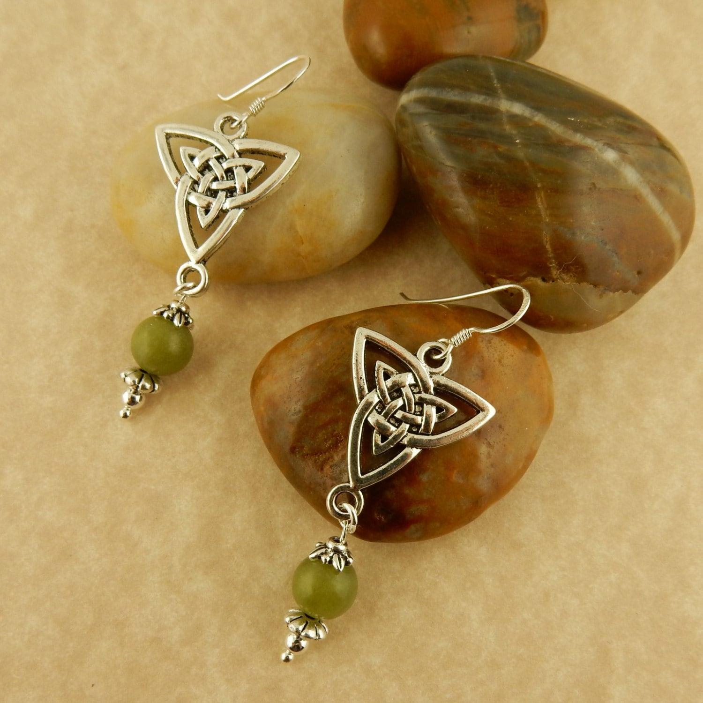 Ireland S Connemara Marble And Celtic Trinity Knot
