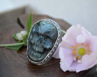 Labradorite Skull Sterling Silver Cocktail Ring Size 7.75