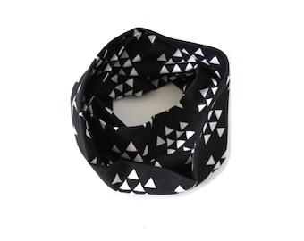Kids infinity scarf, toddler scarf, baby scarf, black triangle scarf, boys scarf, girls scarf, kids scarf, boys infinity scarf