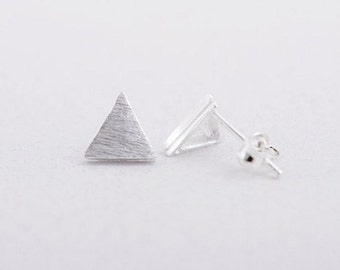 Earrings plated Alison silver triangle shaped chic jewelry layering minimalist modern
