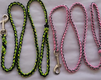 Medium weight Paracord dog leash, Choose colours, Custom made