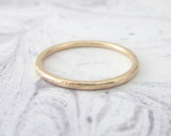 Yellow Gold Wedding Ring - Hammered or Smooth - 9ct Yellow Gold