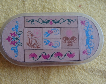 Set of 8 wooden flowers and scrollwork theme stamps