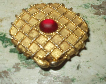 Vintage Houbigant Solid Perfume Compact Goldtone Woven Lattice Design Red Cabochan 60s