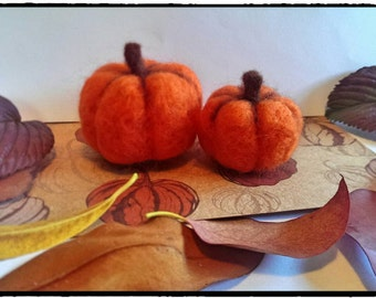 Halloween pumpkins, thanksgiving, pair, needle felted.