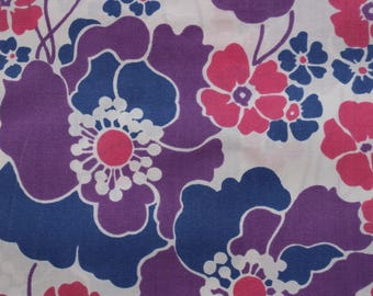 Vintage purple floral fabric fat quarter