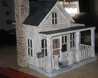 Old Farmhouse - Birdhouse