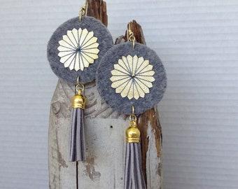 Grey wool earrings