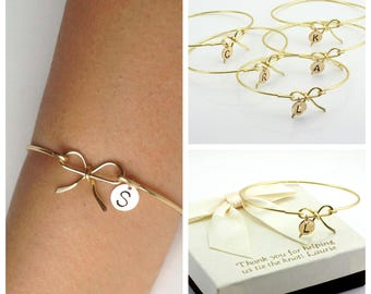 Free Shipping, Set of 5 gold fill bow bangles, bridesmaids bracelets, bow bangle,personalized bangle, handmade, Christmas gift, gift for her