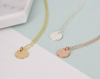 Gold tiny smooth or hammered disc necklace • Delicate necklace • Silver, Gold-filled or Rose gold filled • Simple smooth disc necklace