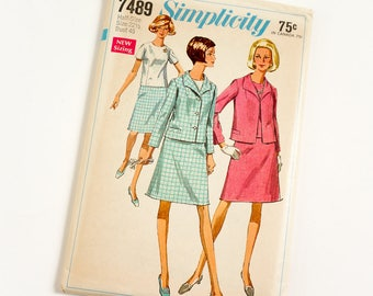 Vintage 1960s Womens Size 22.5 Skirt Suit and Overblouse in Half Sizes Simplicity Sewing Pattern 7489 FACTORY Folds / bust 45 waist 39