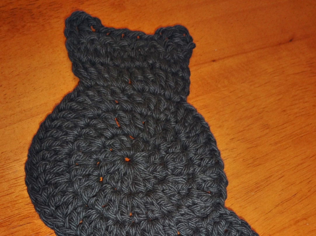 Black Cat Coaster Crochet Pattern from StitchingStoneDesign on Etsy ...