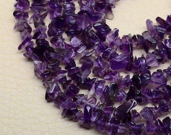 Gorgeous color! Set of 20 beads Amethyst chips