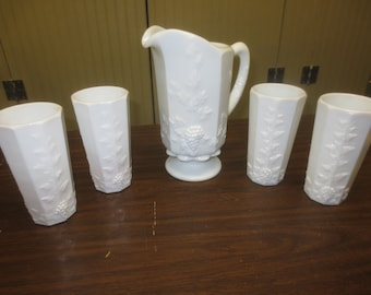 WESTMORELAND White Milk Glass Grape Paneled PITCHER & 4 TUMBLER Set