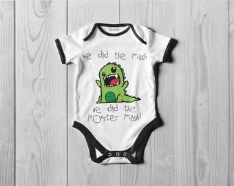 Monster Mash! Bodysuit, (Onesie) ot T-shirt.