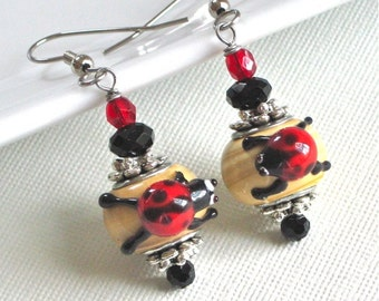 Ladybug Earrings - Lampwork, Garden Jewelry, Insect Jewelry, Nature Jewelry