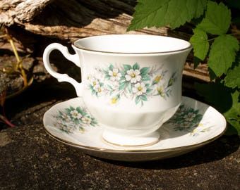 Queen Anne 8564 1950s Teacup and Saucer Bone China Made in England Vintage Set