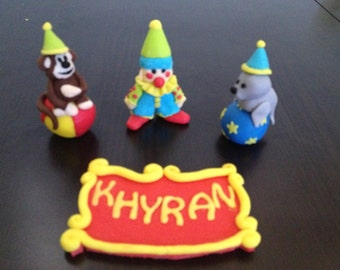 Circus cake toppers - monkey seal clown plaque edible fondant cake decorations