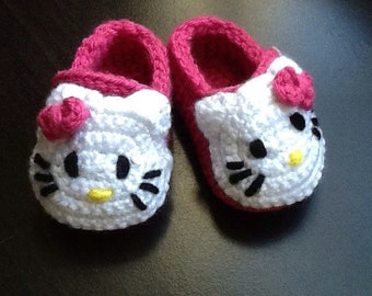 Crocheted Hello Kitty Baby Shoes