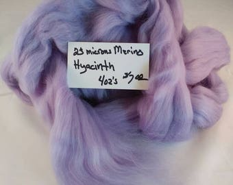 Merino roving 4 ozs Hyacinth
