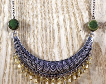 Ethnic necklace green ceramics and gold coloured tassels
