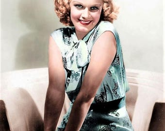 Great studio photo of Jean Harlow from the 1930's