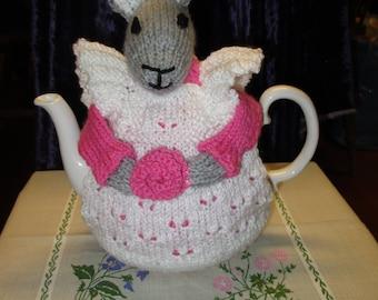 Mrs. Bunny Rabbit Tea Cosy Pink