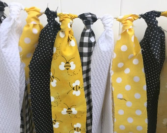 Mommy to Bee Fabric Garland, Baby Shower Banner, Yellow, Black and White, Bumble Bee Scrappy Banner,  Highchair Banner,  Rag Tie