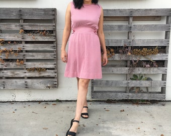 Casual 1970s Spring Dress
