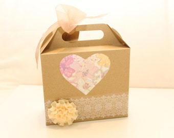 Box surprise games for girl Vintage wedding