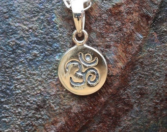 Om Necklace, Sterling Silver Pendant, Yoga Jewellery, Disc Necklace, Silver Disc, 18 Inch Cable Chain