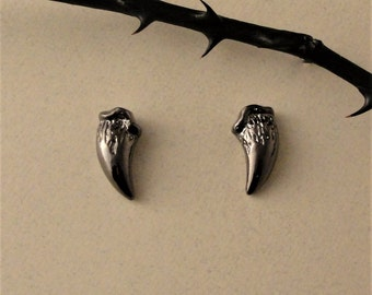 Fang Studs, Fang Earrings, Stud Earrings, Black Fang Studs, Twilight Jewelry, Vampire Fangs, Gothic Jewelry, Gothic Earrings, Dark Style