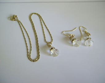 "Clear Acrylic & Rhinestone Necklace and Earring Set 18"" Chain Nichol Free"