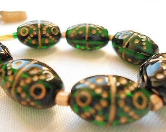Rare Vintage Necklace Czech Green Glass Beads