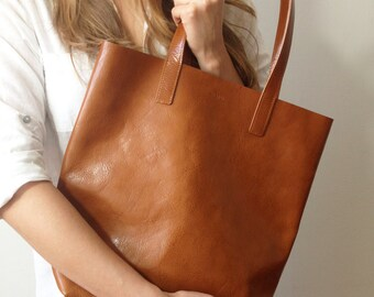 Light brown leather shopper, perfect ultralight leather tote for shopping and every day use!