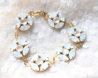 White Opal Bracelet, White Opal Wedding Bracelet, Ivory Cream Bracelet, Nude Bridal Bracelet, Opal Swarovski ARIA Bracelet