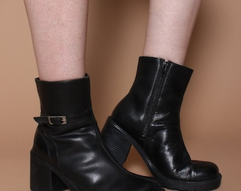Vintage 90s Black Faux Leather Chunky Buckle Ankle Boots UK 7