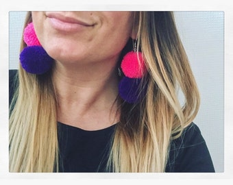 Double Pom-pom earrings pink/purple