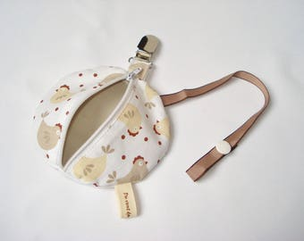 Nipple and pacifier baby - hanging - beige casseroles