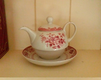 A Powell Craft Teapot and Stand