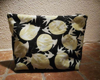 Birds in full moon. Knitting projectbag