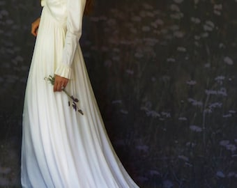 Grace vintage wedding dress / 70s soft silky feeling and romantic creamy folk bridal gown with train / Grecian revival boho & beautiful